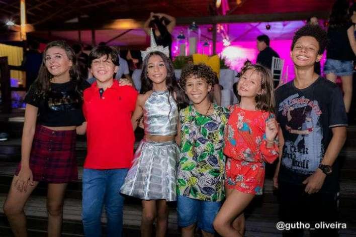 Nicole-Orsini-Pedro-Henriques-Motta-Dudu-VarelloLeticia-Braga-Anderson-Lima-DPA-detetives-do-predio-azul-GloobIm.001-720x480 Title category