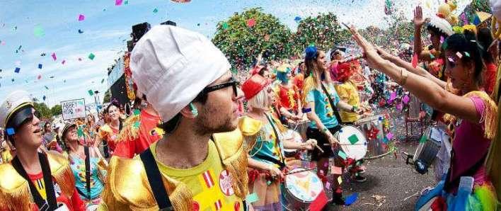 Carnaval_Blocos-de-Rua-Im.001-780x328 Title category