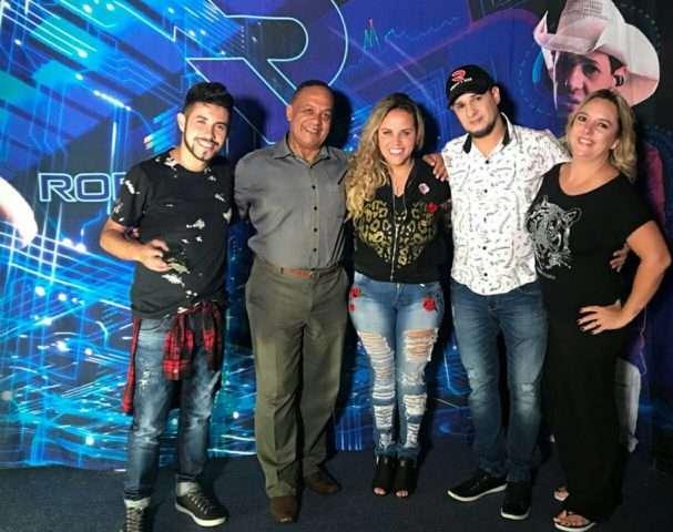 Roberty-Edelcio-Isidoro-Viviane-Alves-Roberty-e-Patricia-Vedrano-Im.001-e1525139011884 Title category