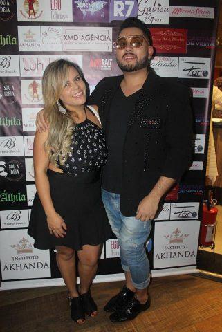 Viviane-Alves-e-Bruno-Bacck-Im.002-e1542514077230 Title category