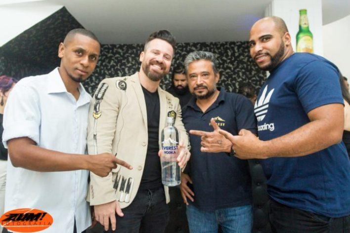 Marlon-e-amigos-Im.001-e1545845244526 Title category