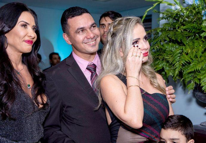 Scheila-Carvalho-com-os-proprietários-Viviane-Lins-e-Anderson-Araújo-Im.001 Title category
