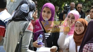 Photo of طلاب الثانوية العامة عن الجبر : الحمد لله الامتحان كان سهل جدًا وعرفنا نحل