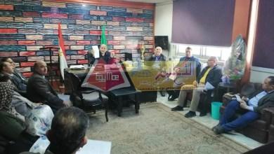 Photo of إجتماع طارئ مع مديري الإدارات التعليمية لتطهير وتعقيم مدارس الفيوم