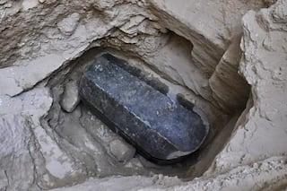 https://i2.wp.com/www.egyptravel4you.com/wp-content/uploads/2018/07/01_black_sarcophagus_gettyimages-989057656.adapt_.470.1.jpg?resize=320%2C213&ssl=1