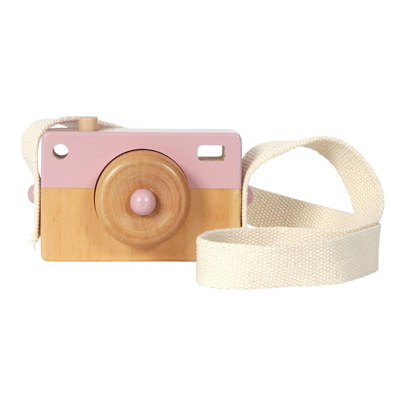 camara fotografica em madeira rosa pastel