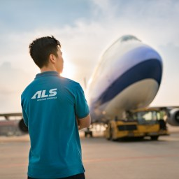 Hanoi Photographer | Corporate Photography for ALS Aviation Logistics