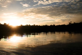 Sonnenuntergang bei der Sacha Lodge