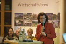 Die Moderation des Windenergie-Wirtschaftsforums übernahm Regierungspräsidentin Gisela Walsken. Bild: Tameer Gunnar Eden/Eifeler Presse Agentur/epa