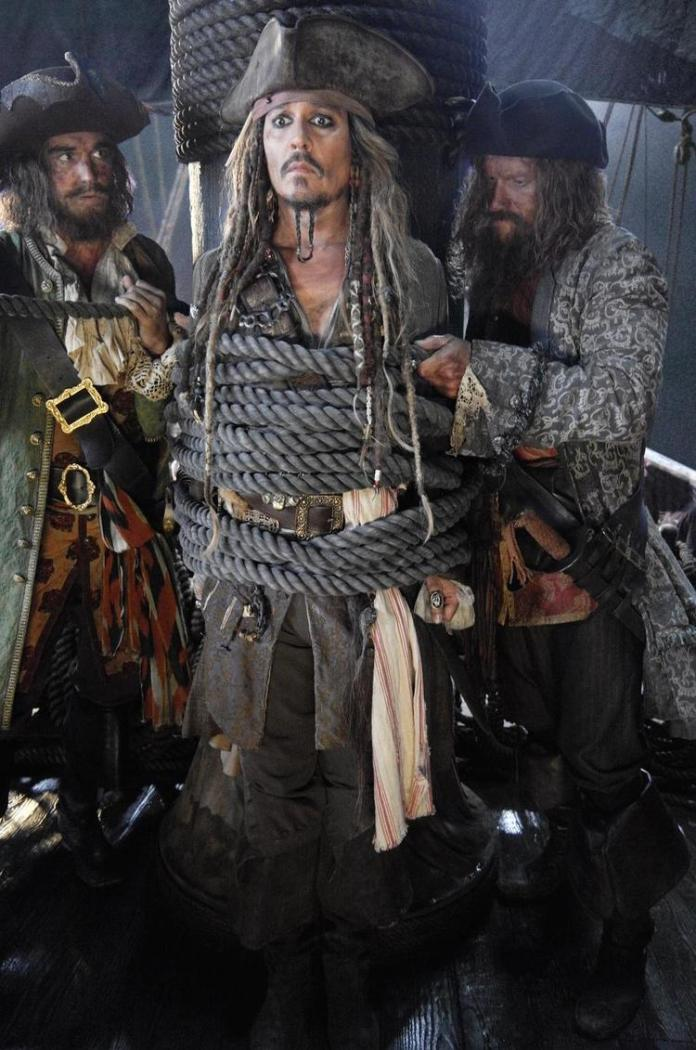 pirates-5_first-photo-of-johnny-deep