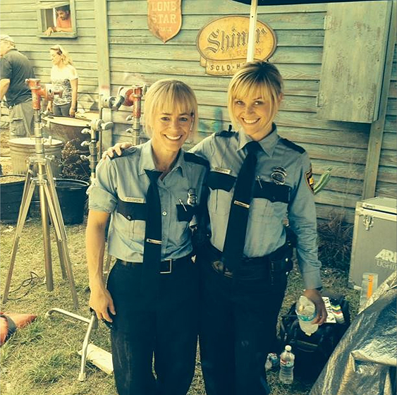 stunt-doubles-landing_reese-witherspoon
