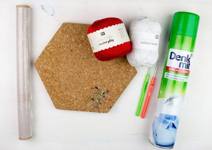 Material für Häkelsterne- und schneeflocken