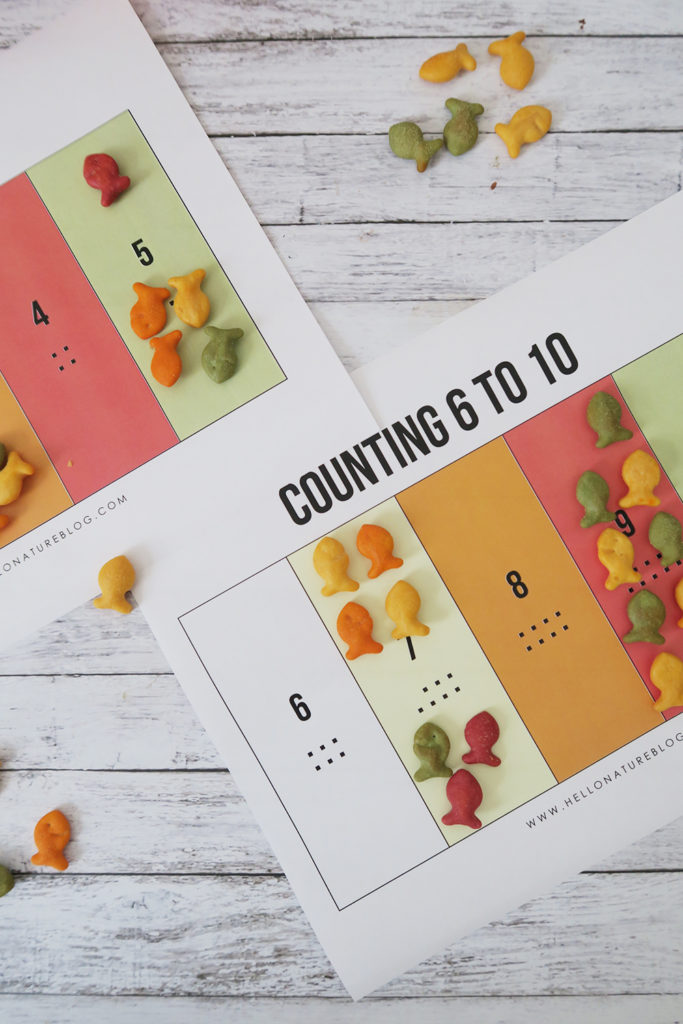 Help Kids Count With This 1-10 Counting Printable by Hello Nature featured at the Totally Terrific Tuesday Link Party hosted by Eight Pepperberries