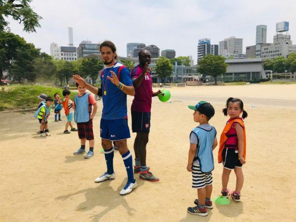 英語サッカー 大阪