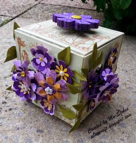 Bursting Flower Artist Trading Block by Mo Stokes |Eileenhull.com