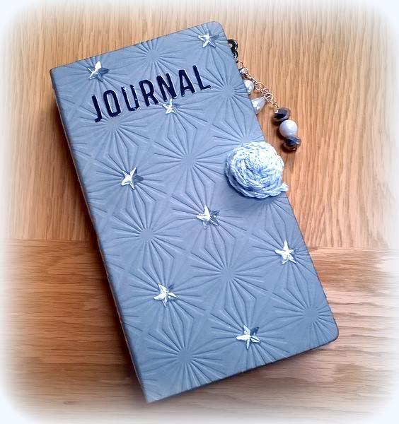 Heartfelt Sizzix Project Ideas: Paper Leather Journal by Anne Redfern