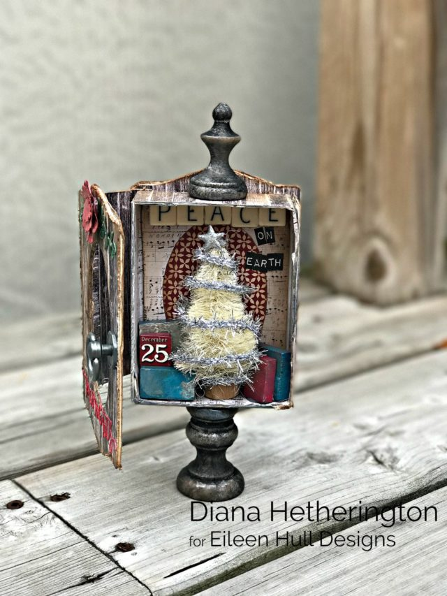 Eileen Hull's New Book Club Sizzix Collection: Holiday Trinket Box Display by Diana Hetherington