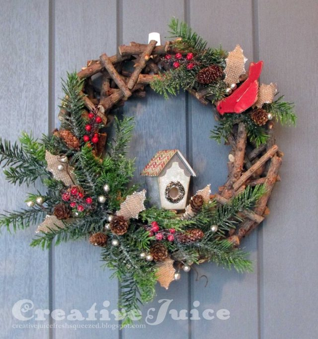 Eileen Hull Holiday Gifts and Decor Projects: Birdhouse Christmas Wreath by Lisa Hoel