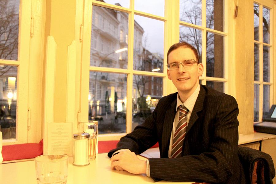 Benjamin Schwanke, Spitzenkandidat der FDP. Interview zur Bürgerschaftswahl 2015. Foto: Lena Schnüpke