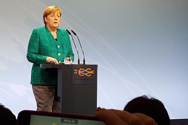 CDU-Parteitag: Eimsbüttelerin Angela Merkel bekommt Nachfolgerin