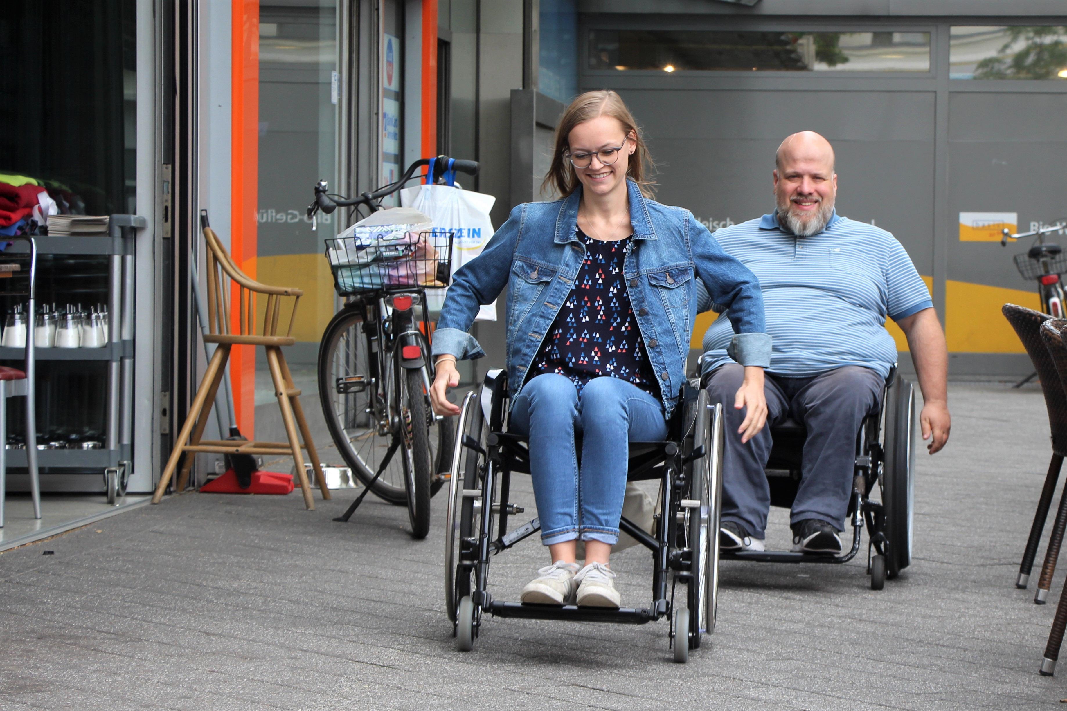 Einen Tag im Rollstuhl mit Oliver Schmidt