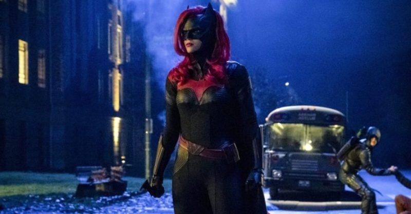 Batwoman: revelado o motivo da saída de Ruby Rose da série
