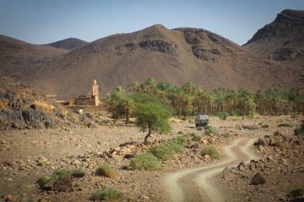 Aus den Bergen in die Ebene, von den Steinen zum Sand - es geht in Richtung Wüste.