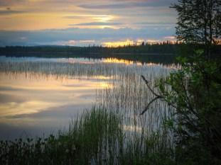 Idyllische Übernachtungsplätze gibt es im Land der Seen reichlich.