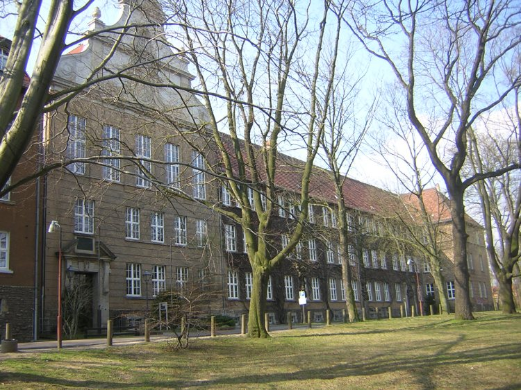 Lutherstadt Eisleben Martin Luthers Heimatstadt Gymnasium