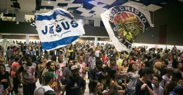 Carnaval gospel tem 'abadeus', cover de Mamonas e racha com tradicionais
