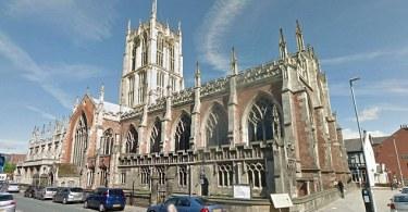 Uma das maiores igrejas da Grã-Bretanha se torna casa de espetáculos