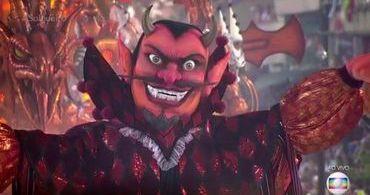 Demônios desfilam no Carnaval do RJ