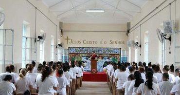 Igreja Universal inaugura templo em penitenciária feminina