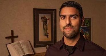 """Ex-muçulmano revela como abandonou o islã: """"Procurei Alá, encontrei Jesus"""""""