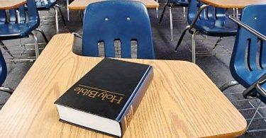 """Faculdade expulsa aluno cristão e classifica o Evangelho como """"discurso de ódio"""", nos EUA"""