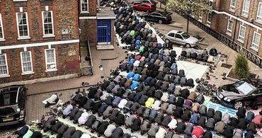 Londres: 423 novas mesquitas e 500 igrejas fechadas