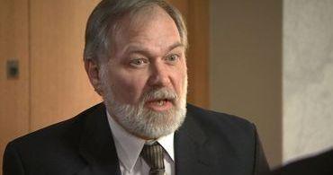 "Pastor que criticou gays é processado por ""crimes contra a humanidade"""