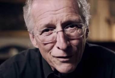 """John Piper alerta cristãos sobre como vencer o diabo: """"Memorizem a Palavra de Deus"""""""
