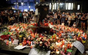 """Estado Islâmico diz que ataques na Espanha foram contra """"cruzados"""" e judeus"""