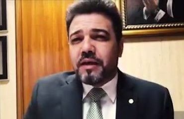 "Rede Globo oferece ""cursos para bandidos"", acusa Marco Feliciano"