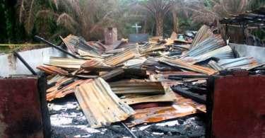 """Extremistas islâmicos ameaçam cristãos na África: """"Vamos matar vocês, se continuarem orando"""""""