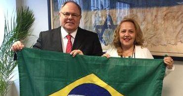 Pastora pede perdão a Dani Dayan por atitude do Brasil em relação a Israel