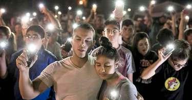 Cerca de 30 pessoas se reconciliaram com Deus após tiroteio em igreja do Texas