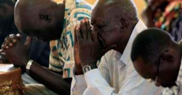 """Pastores são presos por pregarem o Evangelho no Sudão: """"Que crime cometemos?"""""""