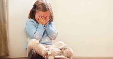 Ideologia de gênero destrói a noção de realidade das crianças, diz pediatra