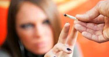 Cerca de 25% dos adolescentes dos EUA fumam maconha
