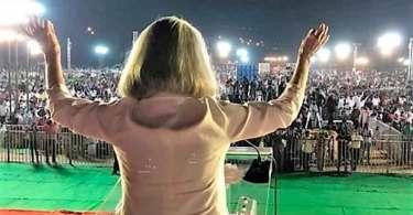 Filha de Billy Graham reúne 500 mil pessoas para clamar por avivamento, na Índia
