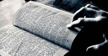 O que a Bíblia diz sobre reencarnação?