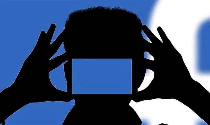 Em pesquisa, Facebook pergunta se um adulto pode pedir nudes a uma criança