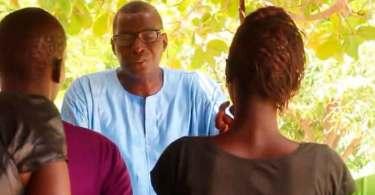 Pastor aposentado se torna missionário e evangeliza em comunidade perigosa do Senegal